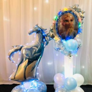Frozen Horse & Anna/Elsa